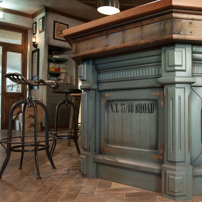 Arredamento per pub realizzazione locali in stile for Arredamento vintage moderno