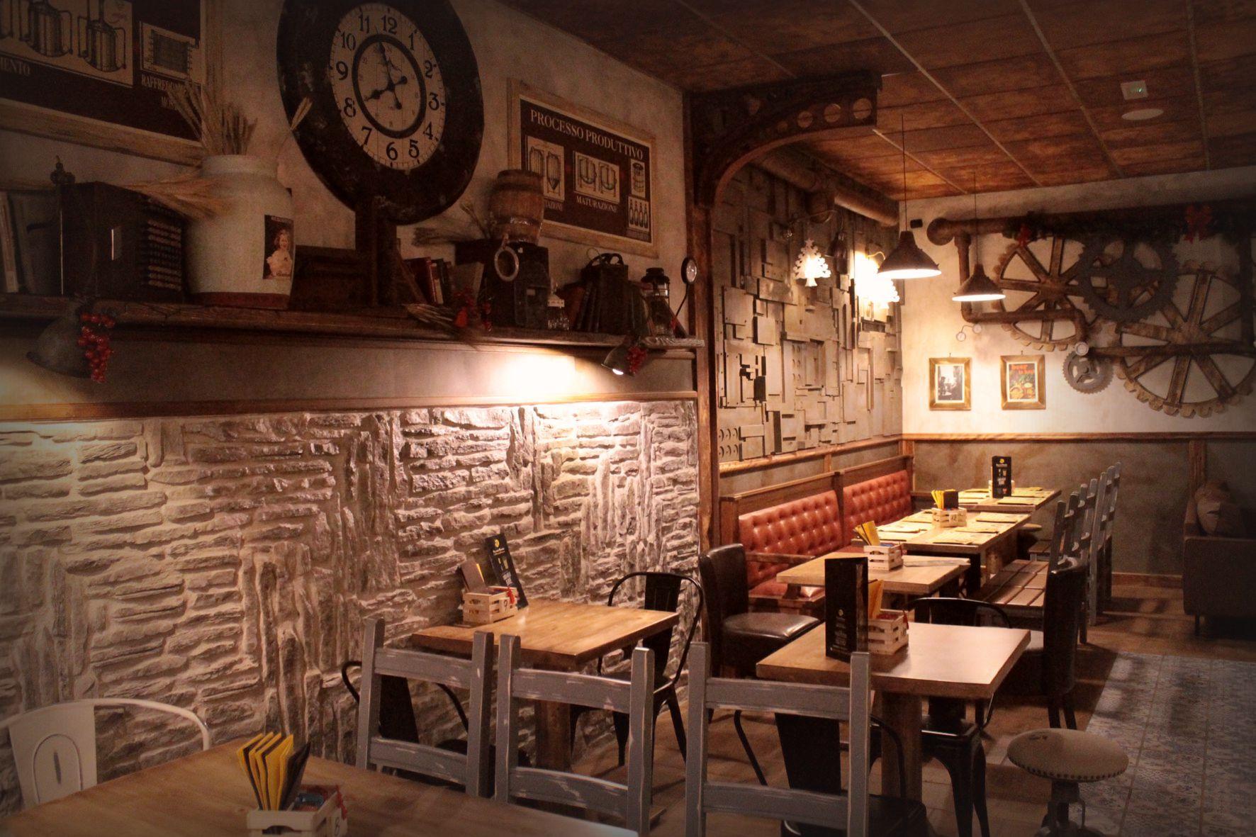 Industrial arredamento per pub realizzazione di locali in stile for Pub arredamento