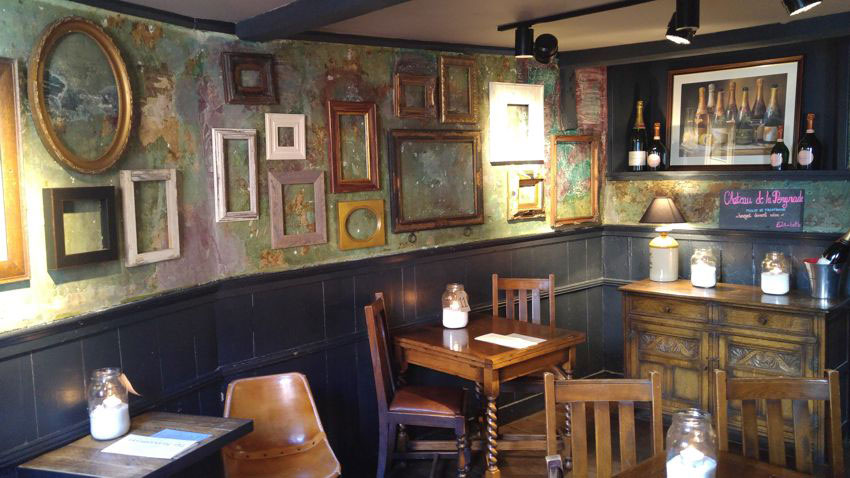 Speakeasy arredamento per pub realizzazione di locali for Arredamento pub inglese