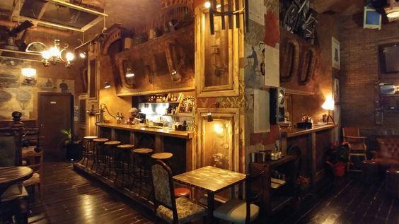 Abandoned arredamento per pub realizzazione di locali for Arredamento pub inglese