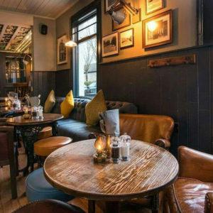 Tavoli e sedie archivi arredamento per pub for Arredamento per pub e birrerie